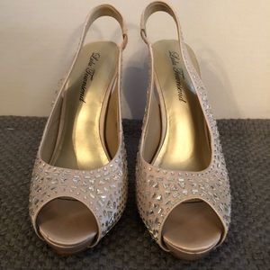 Lulu Townsend nude heels with jewels